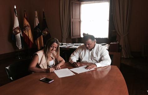 Firma C's-Pacto alcalde La Laguna 2015-2019