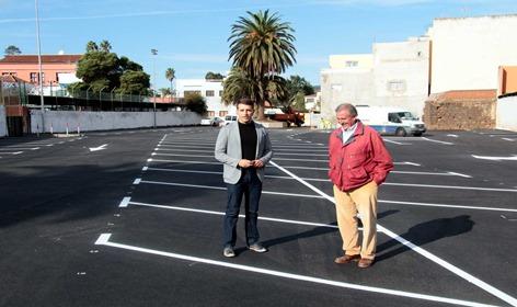 finalización aparcamientos calle El Remojo (2)