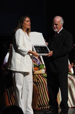 SANDRA GARCÍA-SANJUÁN Y DON ESTEBAN ALFONSO RODRIGUEZ